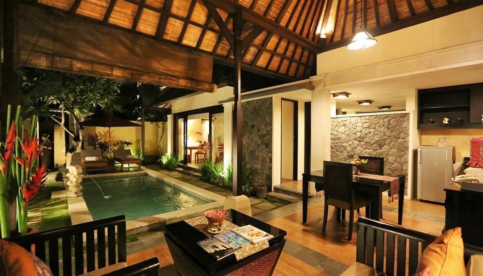 The Sanyas Suite Bali - Ruang tamu Villa Deluxe Suite