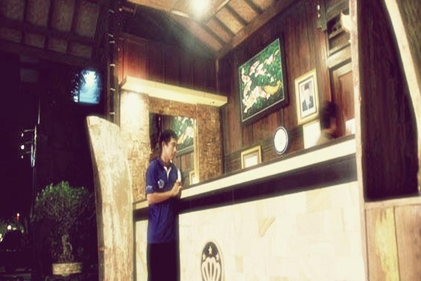Hotel Mahkota Plengkung - Resepsionis