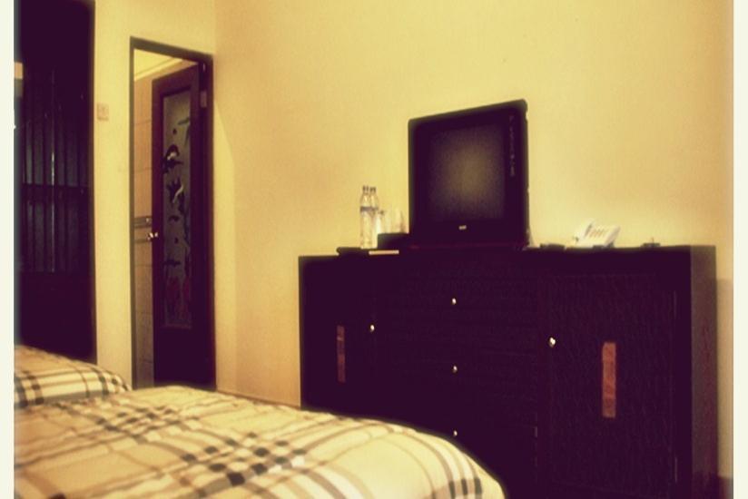 Hotel Mahkota Plengkung - VIP Room Regular Plan