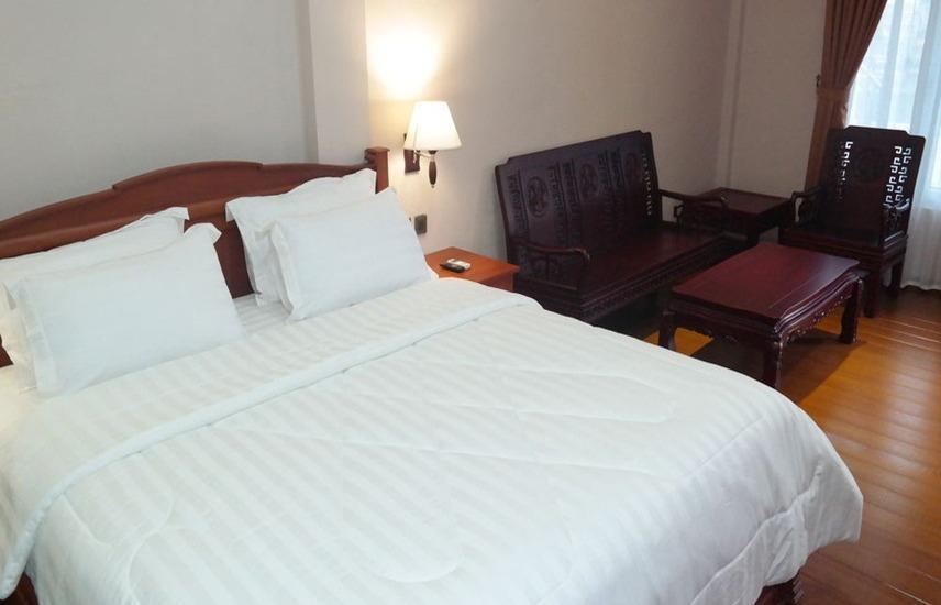Thongs Inn Kualanamu Transit Hotel Kualanamu - Cottage Double Bed Regular Plan