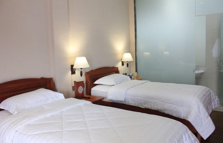Thongs Inn Kualanamu Transit Hotel Kualanamu - Deluxe Twin Bed Regular Plan
