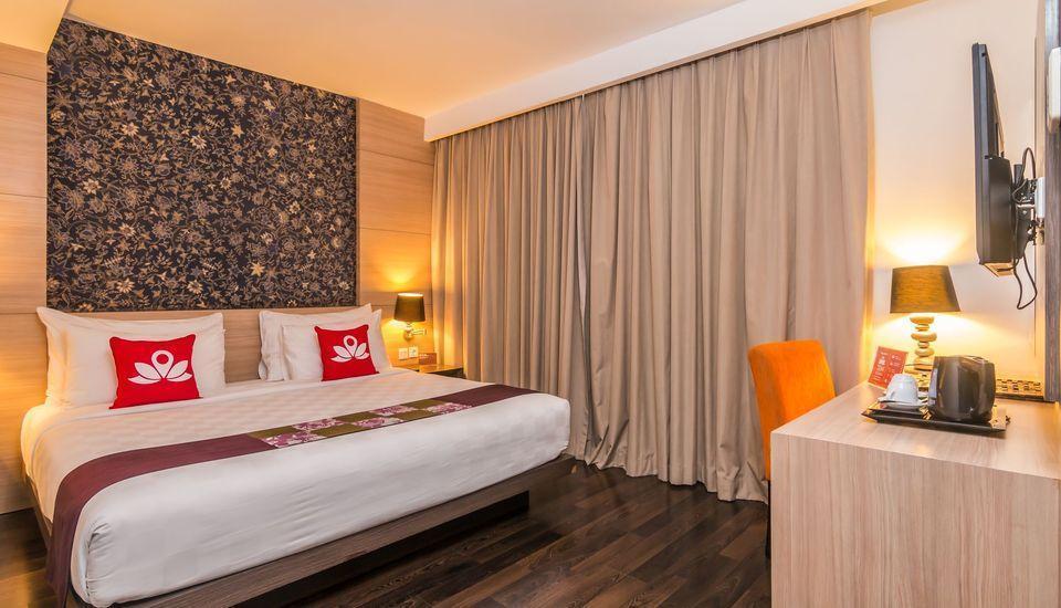 ZenRooms Imam Bonjol Denpasar - Tempat Tidur Double