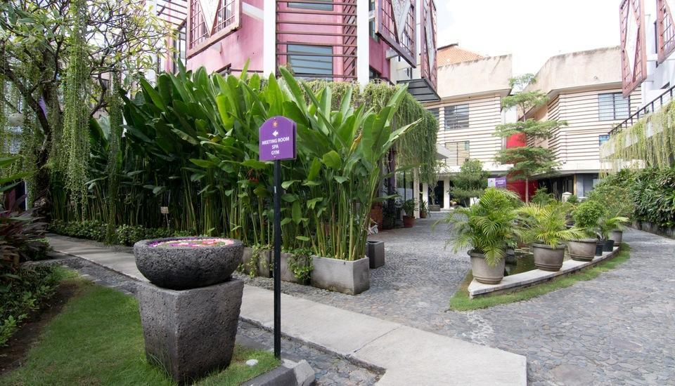 Kuta Central Park Hotel Bali - New Tunjung spa hallway