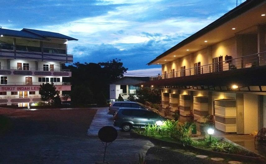 Hotel Bukit Indah Lestari Baturaja - Eksterior