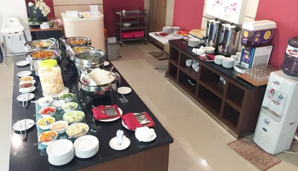 Evora Hotel Surabaya - Resto
