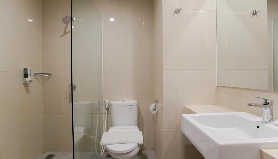 Evora Hotel Surabaya - Toilet
