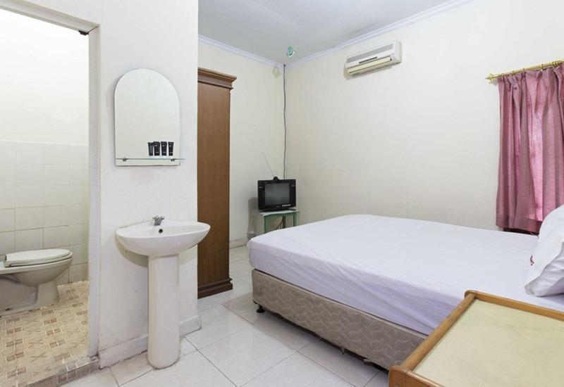 RedDoorz @Duren Tiga Barat Jakarta - Kamar tamu