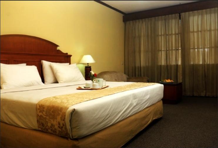 Siantar Hotel Parapat Parapat - Deluxe Room Regular Plan