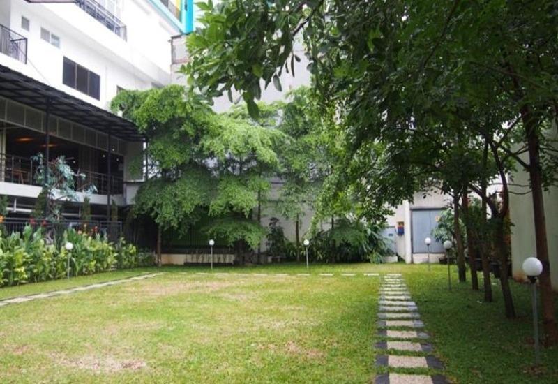 Hotel Gren Alia Prapatan Jakarta - Eksterior