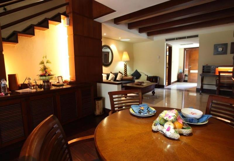 Pool Villa Club Senggigi - Ruang makan