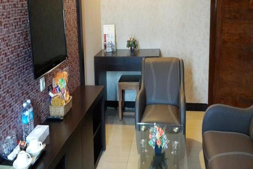 Hotel Rodhita Banjarbaru - Ruang Tamu