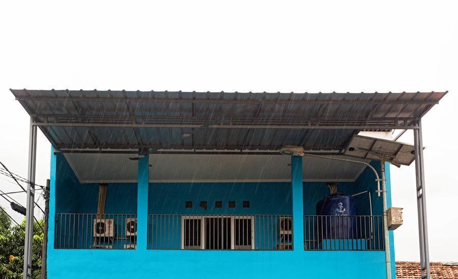 RedDoorz near Halim Perdana Kusuma Jakarta - Eksterior
