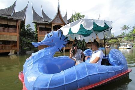 Danau Dariza Resort Hotel Garut - SEPEDA AIR
