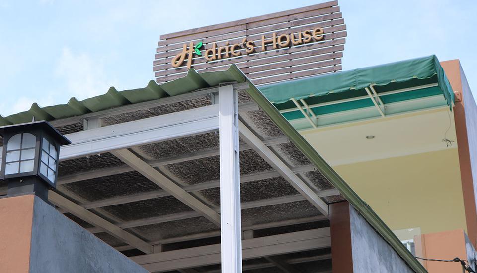dric's House Belitung - Tampilan Luar Hotel