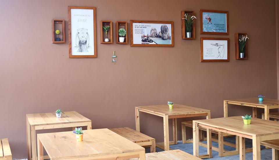 dric's House Belitung - Ruang makan