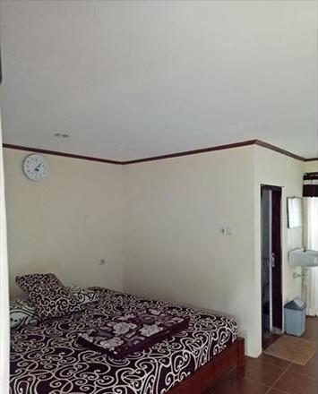 Guesthouse Kayuna Probolinggo - Standard Room Regular Plan