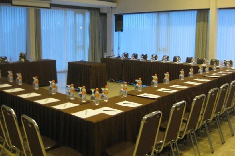 Cassadua Hotel Bandung - Ruang Rapat