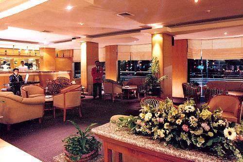 Hotel Polonia Medan - Lobby Lounge