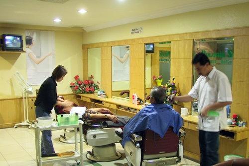 Hotel Polonia Medan - Tempat potong rambut dan massage
