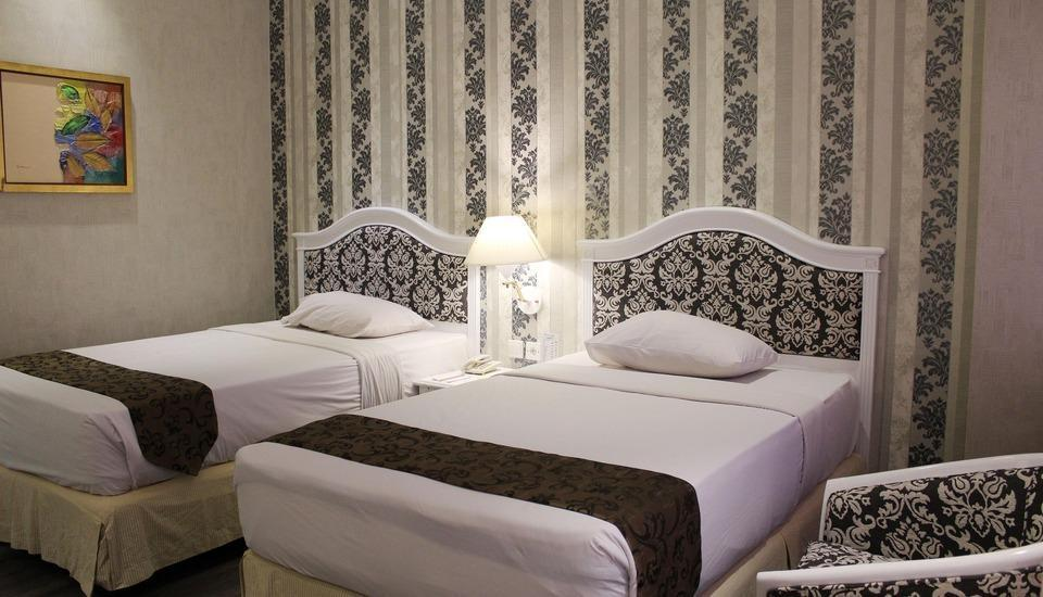 Hotel Polonia Medan - Deluxe Room Regular Plan