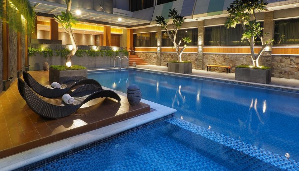 Hotel Polonia Medan - SWIMMING POOL