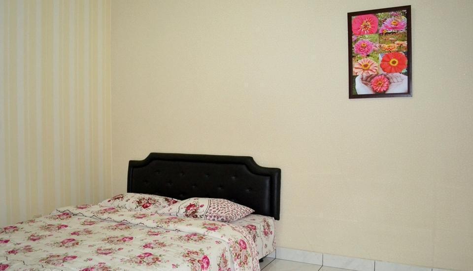 Villa Bunga Merah Gelatik Gelatik - Villa Three Bedroom Regular Plan