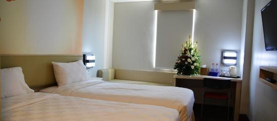 Cordela Hotel Cirebon - Deluxe Twin Room Only Regular Plan
