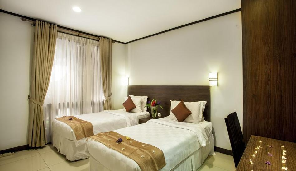 Summer Hill Private Villas & Family Hotel Bandung -  2 Bedrooms Executive Suite Villa Room Only RAMADHAN PEGIPEGI PROMOTION