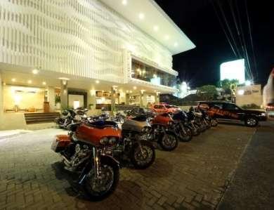 Adhi Jaya Sunset Hotel Bali - Tampak Luar