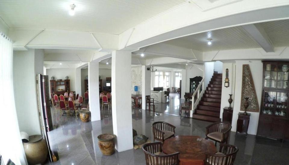 Amali Hotel Padang - Interior