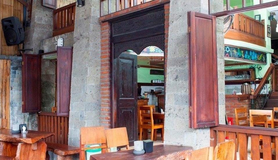 Fourteen Roses Hotel Bali - Ruang Makan