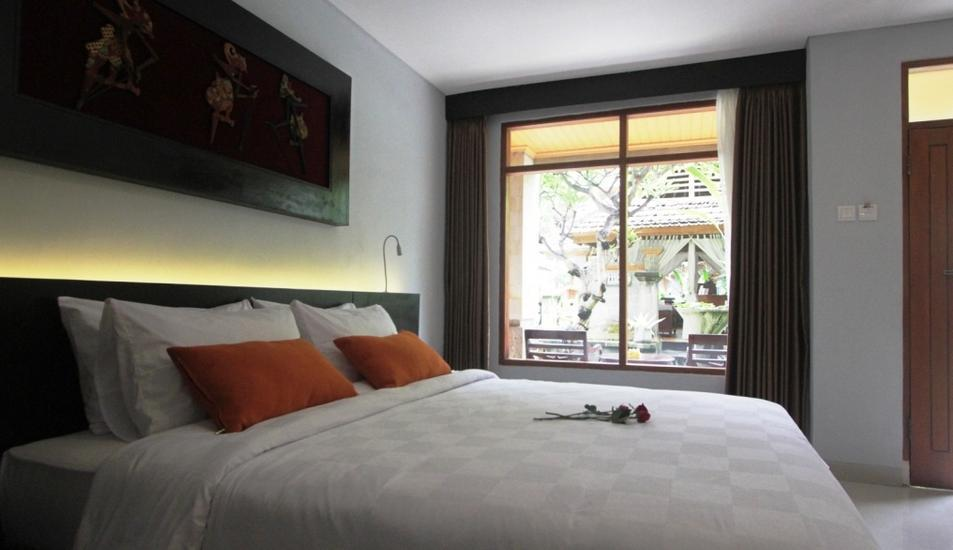 Fourteen Roses Hotel Bali - Classic Deluxe with Breakfast Last Minutes 50% Non Refund