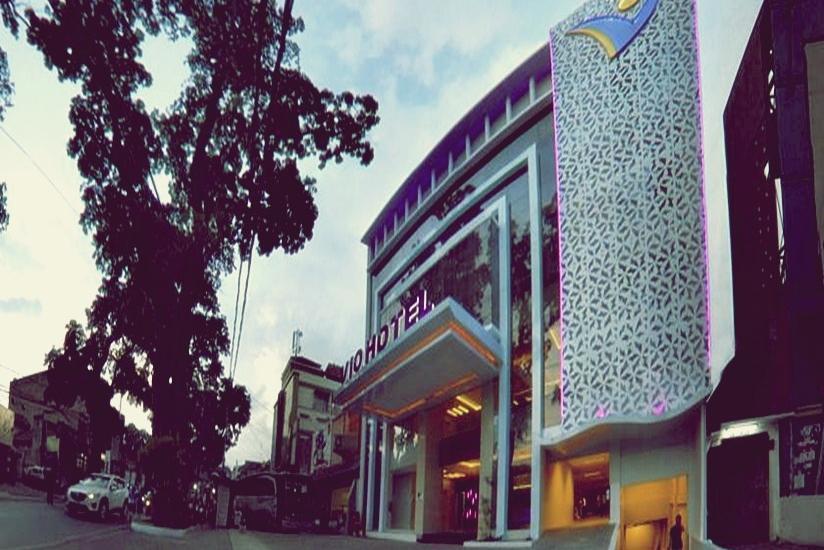 Vio  Cihampelas - Tampilan Luar Hotel