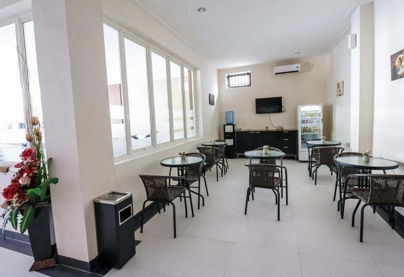 NIDA Rooms Bonto Langkasa 42 Makassar - Restoran