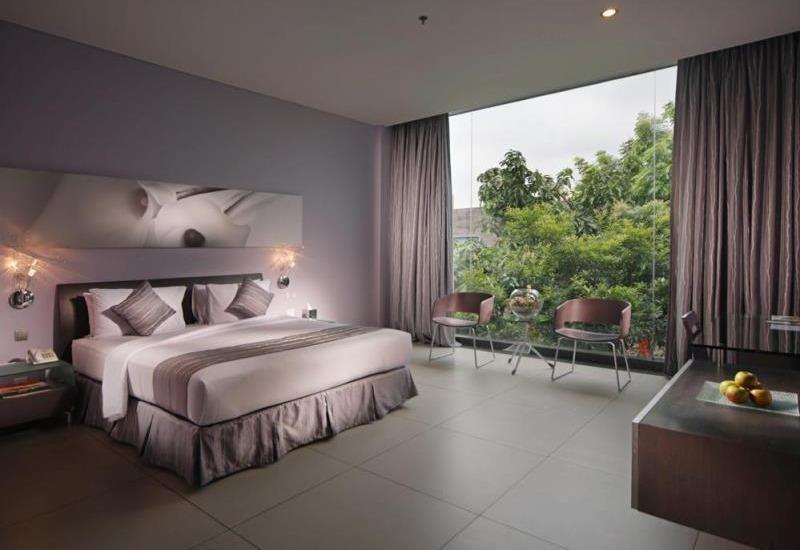 FM7 Resort Hotel Jakarta - Deluxe Room With Breakfast Regular Plan