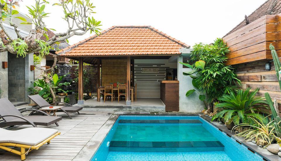 RedDoorz @Danau Meninjau Sanur Bali - Kolam Renang