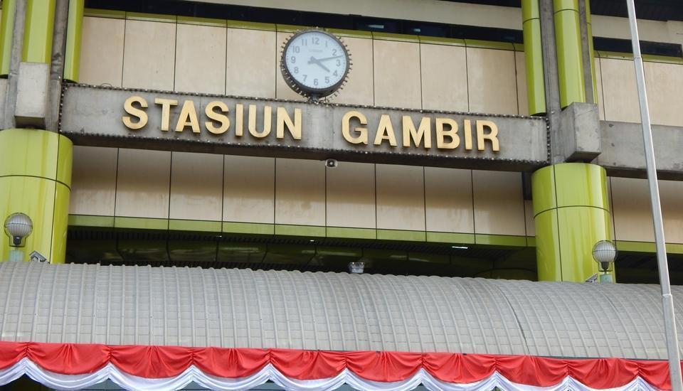 Hotel Amaris Senen - STASIUN KERETA GAMBIR