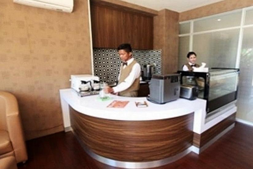Centro City Service Apartment Jakarta - Lobby