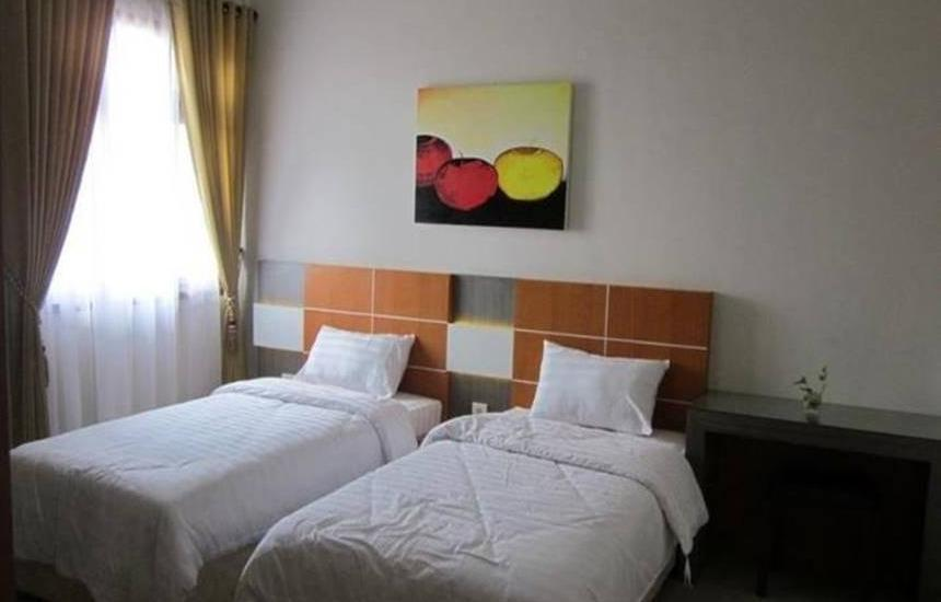 Guesthouse KPRI UNS Solo - Royal Room Regular Plan