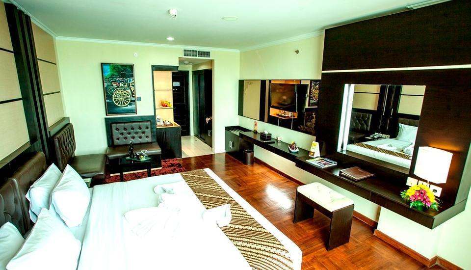 Ros In Hotel Yogyakarta - Kamar Deluxe King
