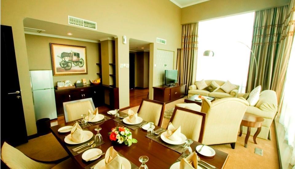 Ros In Hotel Yogyakarta - Fasilitas Kamar Suite