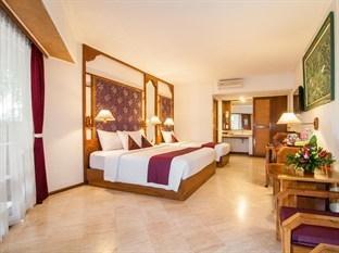 Bounty Hotel Bali - Deluxe Triple 1
