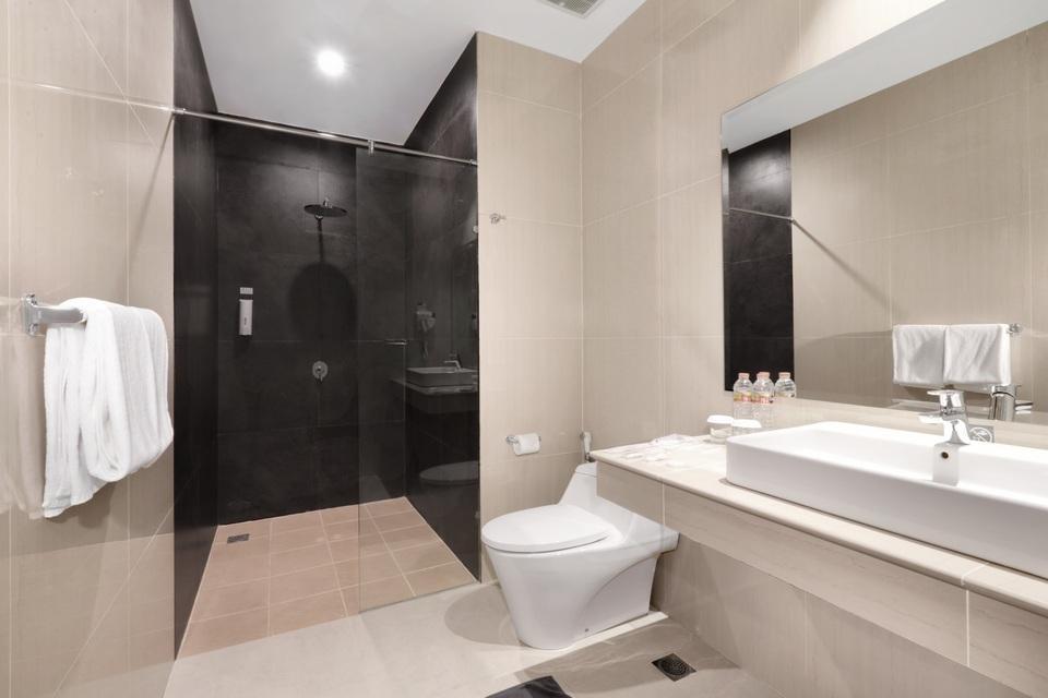 favehotel S. Parman Medan - Kamar Mandi - Junior Suite