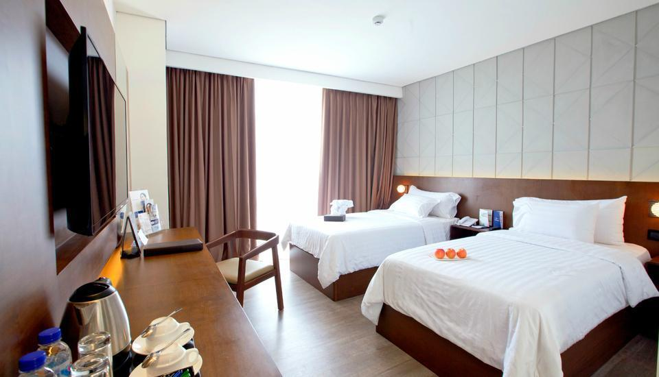 Golden Tulip Pontianak - Superior Twin Room Only Regular Plan