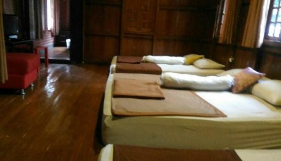 Villa Bantal Guling Bandung - Dalam kamar family 8