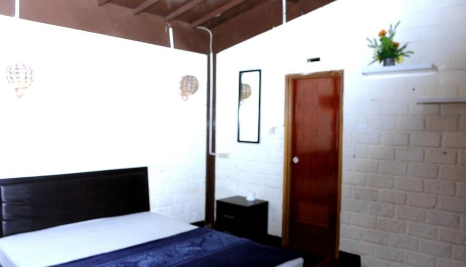 Villa Bantal Guling Bandung - Double Superior Room 1