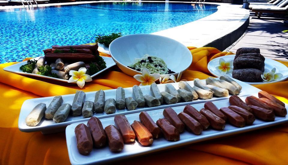 Best Western Resort  Kuta - Makanan