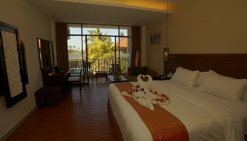 Best Western Resort  Kuta - Deluxe Pool View Room Only Menginap 3 malam min
