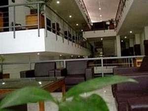 Uny Hotel Yogyakarta - Interior