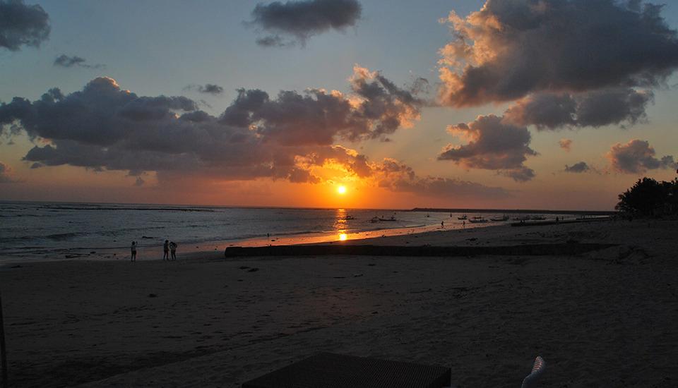 Tri Homestay Bali - Pantai Kelan